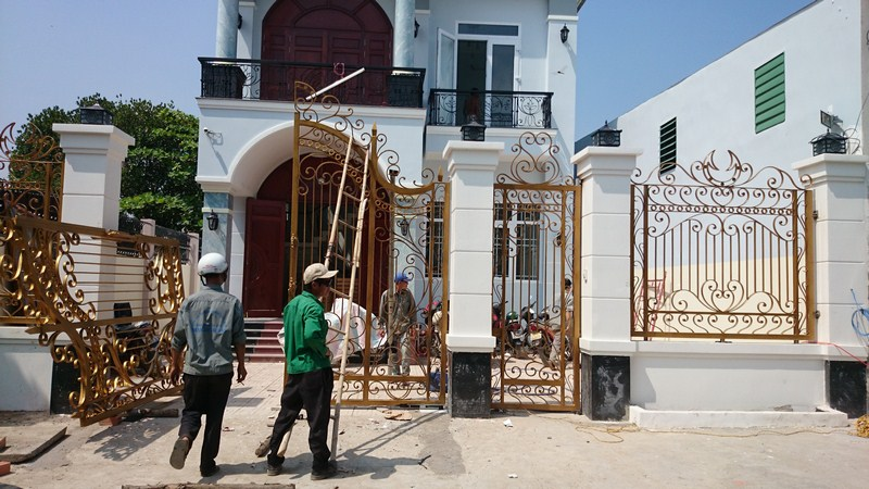Công ty TNHH Thương Mại Xây Dựng Tuấn Hùng nhận sửa cửa nhôm, sắt tại nhà