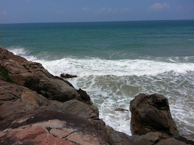 Bãi biển hoang sơ đà nẵng 1