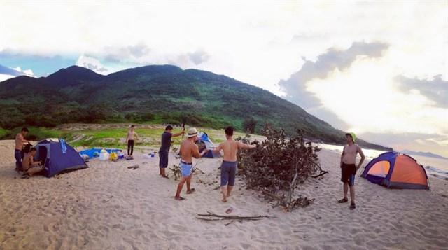 Bãi biển hoang sơ đà nẵng