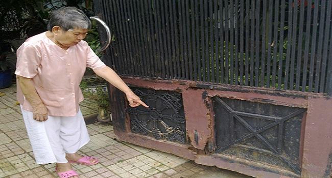 Sửa chữa cổng sắt, cửa sắt cuối năm đắt hàng